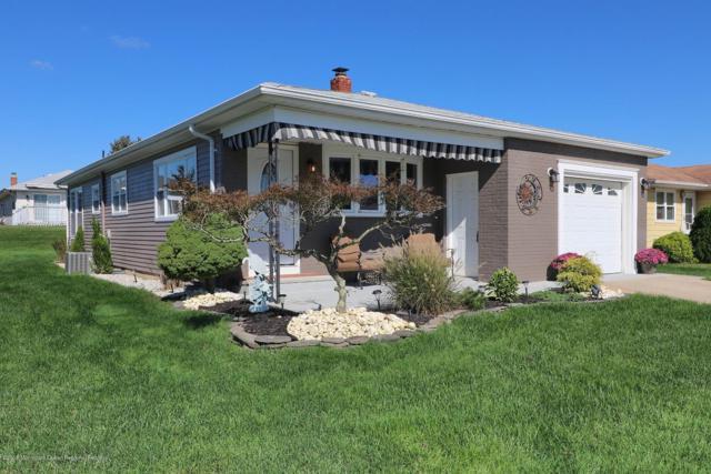 42 Pirogue Street, Toms River, NJ 08757 (MLS #21840338) :: The Dekanski Home Selling Team