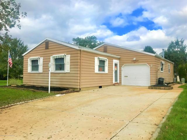 17 Mirador Court, Toms River, NJ 08757 (MLS #21840457) :: The Dekanski Home Selling Team