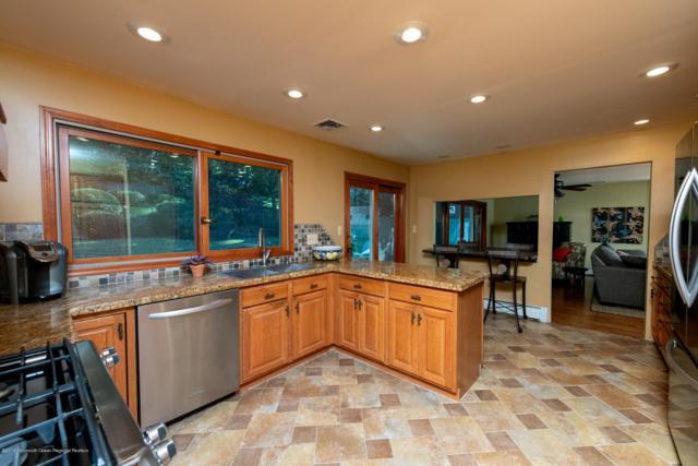 829 Holmdel Road, Holmdel, NJ 07733 (MLS #21841116) :: Vendrell Home Selling Team