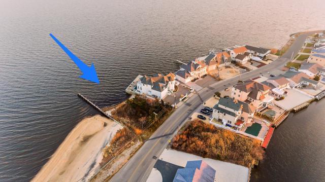 1306 Laurel Boulevard, Lanoka Harbor, NJ 08734 (MLS #21845873) :: The MEEHAN Group of RE/MAX New Beginnings Realty