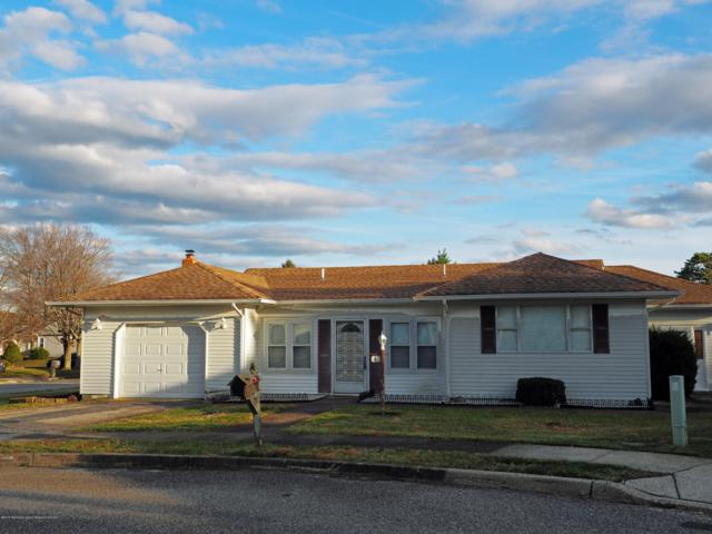 4 Maniwaki Court, Toms River, NJ 08757 (MLS #21846336) :: The MEEHAN Group of RE/MAX New Beginnings Realty