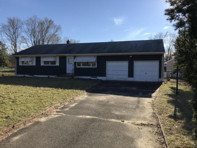 1 Parkway Drive, Toms River, NJ 08753 (MLS #21846539) :: The MEEHAN Group of RE/MAX New Beginnings Realty