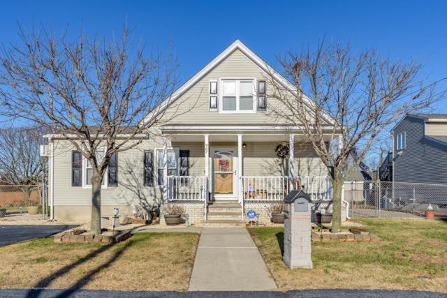 907 Saint Johns Avenue, Union Beach, NJ 07735 (MLS #21846591) :: The Dekanski Home Selling Team
