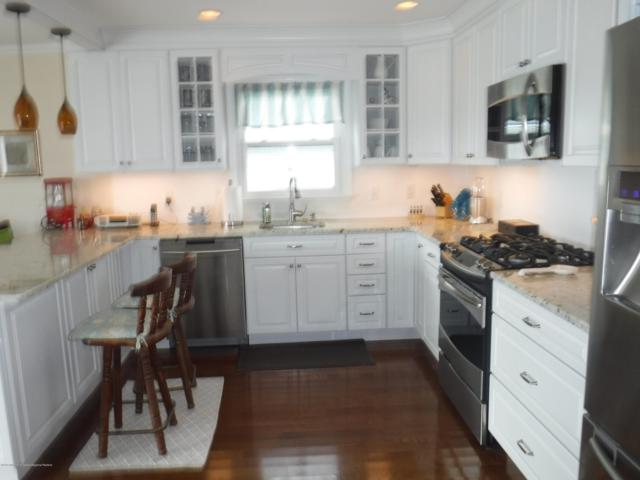 24 Beach Drive, Little Egg Harbor, NJ 08087 (MLS #21847214) :: The MEEHAN Group of RE/MAX New Beginnings Realty