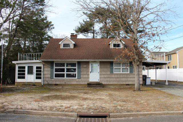 24 Sage Road, Toms River, NJ 08753 (MLS #21902347) :: The MEEHAN Group of RE/MAX New Beginnings Realty