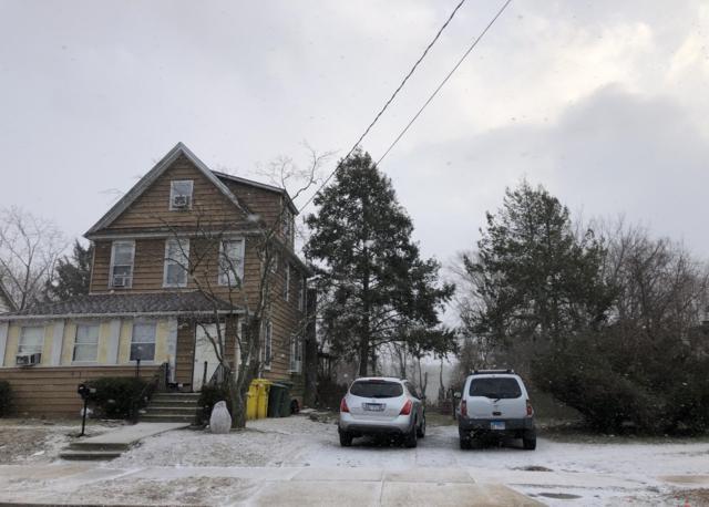 412 Laurel Avenue, Lakewood, NJ 08701 (MLS #21905109) :: The MEEHAN Group of RE/MAX New Beginnings Realty