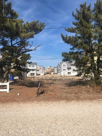 4 Surf Road, Ortley Beach, NJ 08751 (MLS #21907104) :: The MEEHAN Group of RE/MAX New Beginnings Realty
