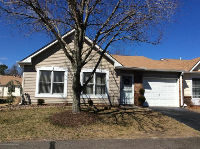 40 Buttonwood Court #1000, Lakewood, NJ 08701 (MLS #21910875) :: The MEEHAN Group of RE/MAX New Beginnings Realty
