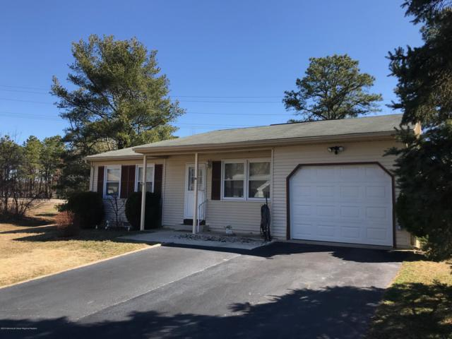 10 Rose Lane, Whiting, NJ 08759 (MLS #21912265) :: The MEEHAN Group of RE/MAX New Beginnings Realty