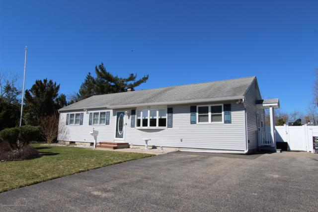190 Sharon Drive, Toms River, NJ 08753 (MLS #21913108) :: The MEEHAN Group of RE/MAX New Beginnings Realty