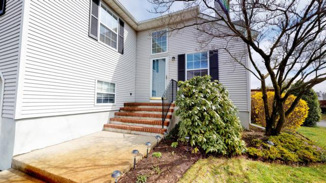 120 Racquet Road, Wall, NJ 07719 (MLS #21914282) :: The MEEHAN Group of RE/MAX New Beginnings Realty