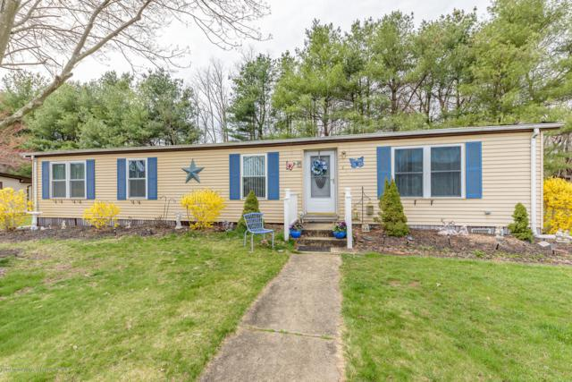 470 Charles Place, Freehold, NJ 07728 (MLS #21915836) :: The MEEHAN Group of RE/MAX New Beginnings Realty