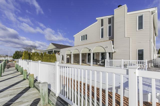 1839 Skiff Court, Toms River, NJ 08753 (MLS #21915957) :: The MEEHAN Group of RE/MAX New Beginnings Realty