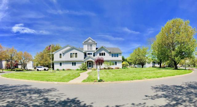 8 Mann Court, Monmouth Beach, NJ 07750 (MLS #21919095) :: The MEEHAN Group of RE/MAX New Beginnings Realty