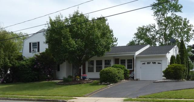 27 Taunton Drive, Howell, NJ 07731 (MLS #21921338) :: The MEEHAN Group of RE/MAX New Beginnings Realty