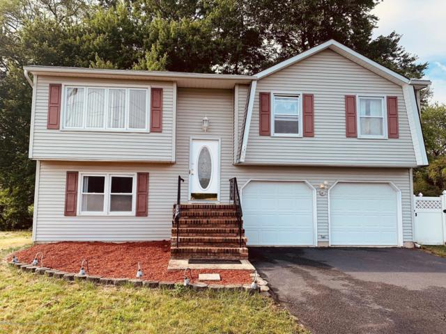 34 Standish Drive, Howell, NJ 07731 (MLS #21924839) :: The MEEHAN Group of RE/MAX New Beginnings Realty