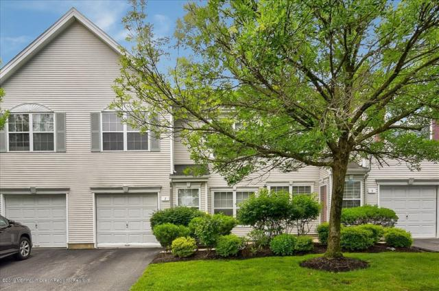 7 Hampton Place #4, East Brunswick, NJ 08816 (MLS #21924975) :: The MEEHAN Group of RE/MAX New Beginnings Realty
