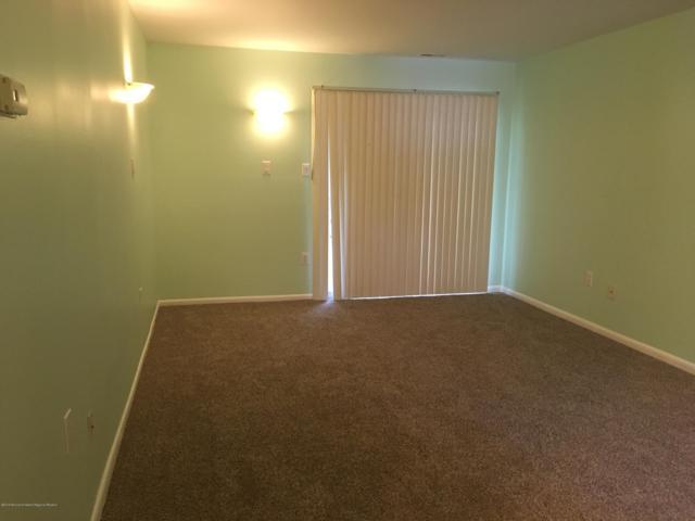 8 Red Oak Lane, Little Egg Harbor, NJ 08087 (MLS #21924995) :: The MEEHAN Group of RE/MAX New Beginnings Realty