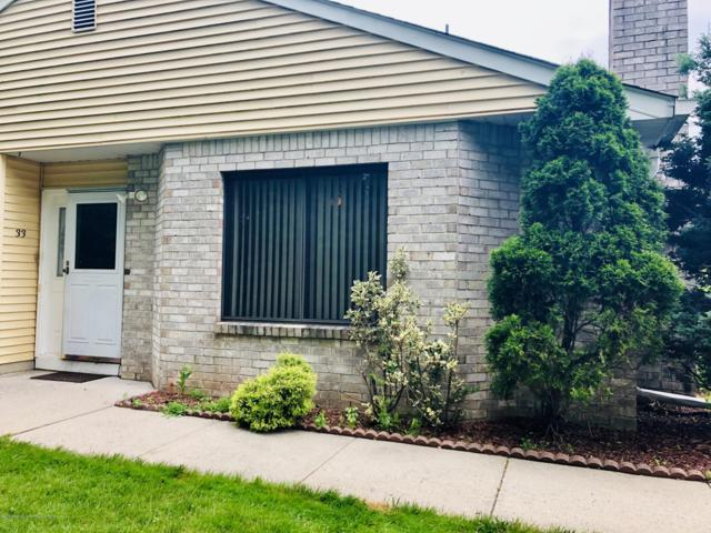 33 Front Court, Old Bridge, NJ 08857 (MLS #21927654) :: The MEEHAN Group of RE/MAX New Beginnings Realty