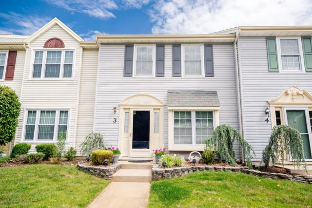 52 Aberdare Court #3, Freehold, NJ 07728 (MLS #21928145) :: The MEEHAN Group of RE/MAX New Beginnings Realty