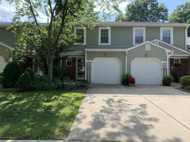 95 Oak Lane, Eatontown, NJ 07724 (MLS #21929002) :: The Dekanski Home Selling Team