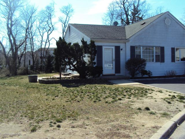 9 Primrose Lane A, Jackson, NJ 08527 (MLS #21931966) :: The MEEHAN Group of RE/MAX New Beginnings Realty