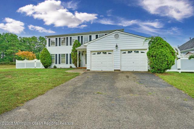 174 Pine Needle Street, Howell, NJ 07731 (MLS #21932433) :: William Hagan Group