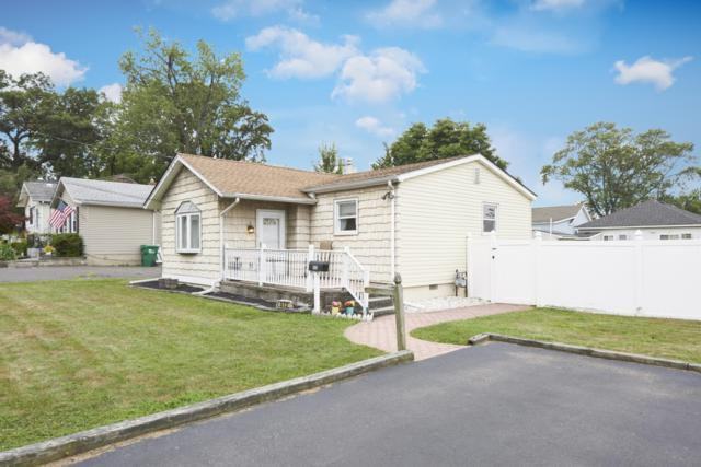 512 Prospect Avenue, Laurence Harbor, NJ 08879 (#21932465) :: Daunno Realty Services, LLC