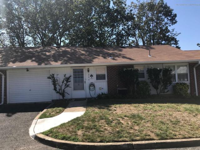 924C Thornhill Court, Lakewood, NJ 08701 (MLS #21933421) :: The MEEHAN Group of RE/MAX New Beginnings Realty