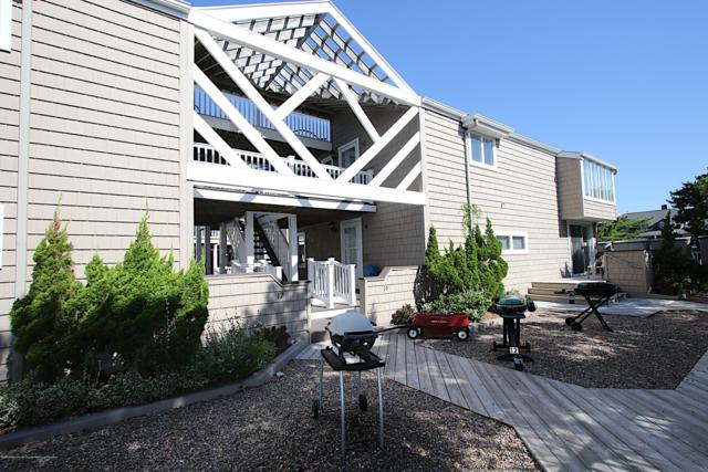 17 Centre Street #10, Beach Haven, NJ 08008 (MLS #21933564) :: The MEEHAN Group of RE/MAX New Beginnings Realty