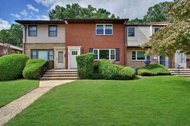 1302 Victoria Court, Brick, NJ 08724 (MLS #21937919) :: The MEEHAN Group of RE/MAX New Beginnings Realty