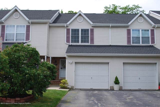 44 Lenny Court, Aberdeen, NJ 07747 (MLS #21938338) :: The MEEHAN Group of RE/MAX New Beginnings Realty