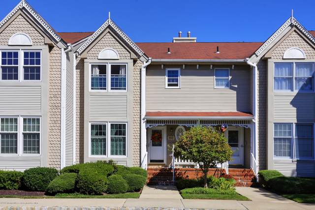 112 Northampton Drive N112, Holmdel, NJ 07733 (MLS #21938401) :: The MEEHAN Group of RE/MAX New Beginnings Realty
