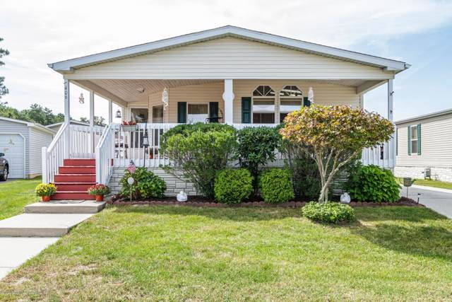 1406 Forest Way, Whiting, NJ 08759 (MLS #21939426) :: The MEEHAN Group of RE/MAX New Beginnings Realty