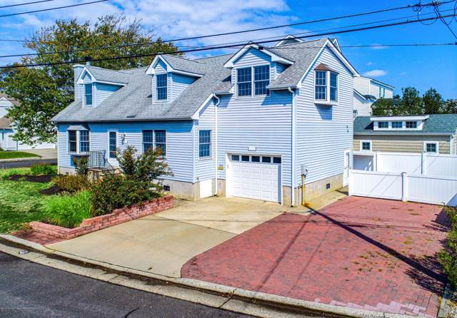 390 River Place, Manasquan, NJ 08736 (MLS #21940869) :: The MEEHAN Group of RE/MAX New Beginnings Realty