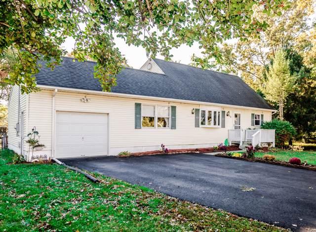 63 Darien Road, Howell, NJ 07731 (MLS #21941246) :: The Dekanski Home Selling Team