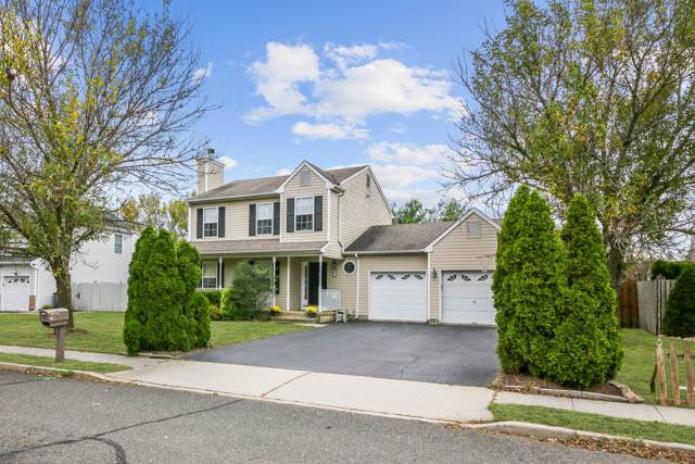 8 Yosemite Road, Howell, NJ 07731 (MLS #21941382) :: The Dekanski Home Selling Team