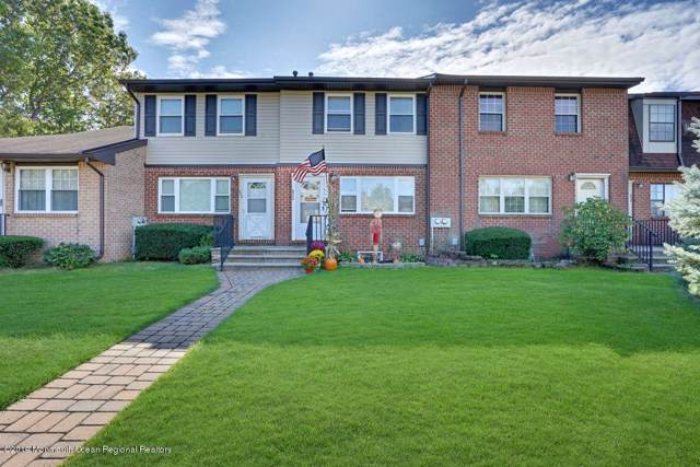 824 Shannon Court, Brick, NJ 08724 (MLS #21941919) :: The MEEHAN Group of RE/MAX New Beginnings Realty