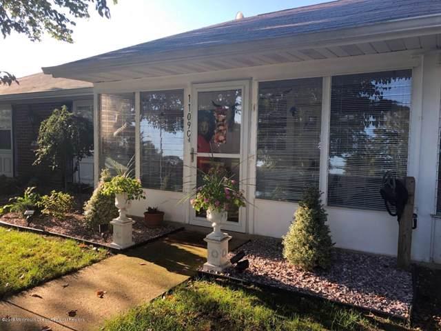1109C Argyll Circle, Lakewood, NJ 08701 (MLS #21941950) :: The MEEHAN Group of RE/MAX New Beginnings Realty