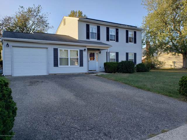 53 Markwood Drive, Howell, NJ 07731 (MLS #21941962) :: The Dekanski Home Selling Team