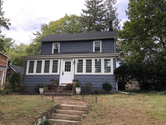 15 Meadowbrook Avenue, Atlantic Highlands, NJ 07716 (MLS #21941991) :: The MEEHAN Group of RE/MAX New Beginnings Realty