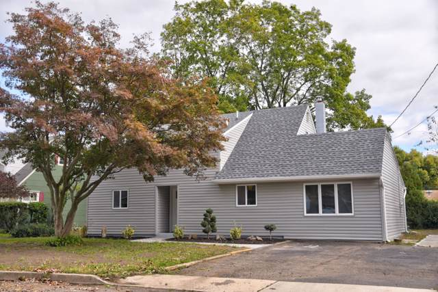 16 Pine Tree Road, Old Bridge, NJ 08857 (MLS #21942491) :: The Sikora Group