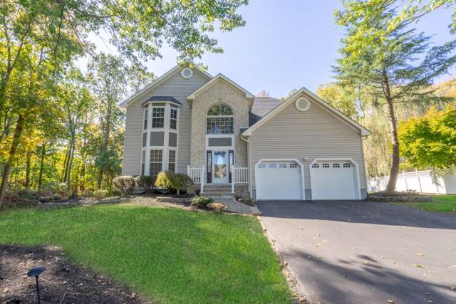26 Woodruff Drive, Matawan, NJ 07747 (MLS #21942759) :: William Hagan Group
