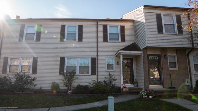 10 Fern Court #10, Sayreville, NJ 08872 (MLS #21942780) :: The MEEHAN Group of RE/MAX New Beginnings Realty