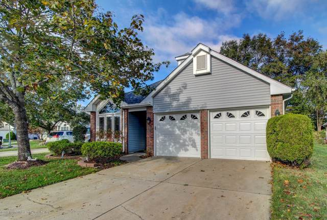 2240 S Chanticleer Court, Toms River, NJ 08755 (MLS #21942834) :: The MEEHAN Group of RE/MAX New Beginnings Realty