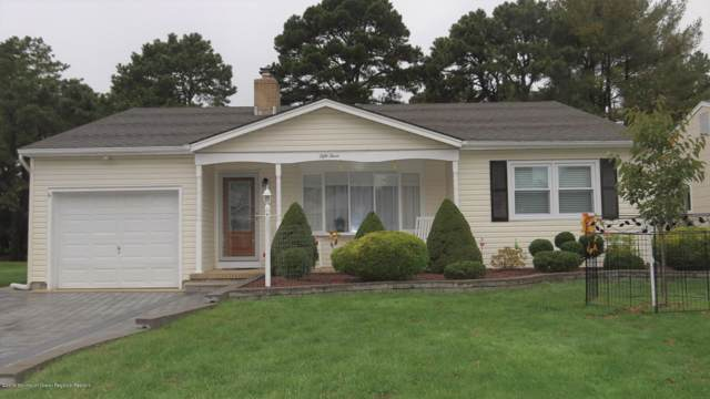 53 Whitaker Drive, Toms River, NJ 08757 (MLS #21942904) :: The MEEHAN Group of RE/MAX New Beginnings Realty