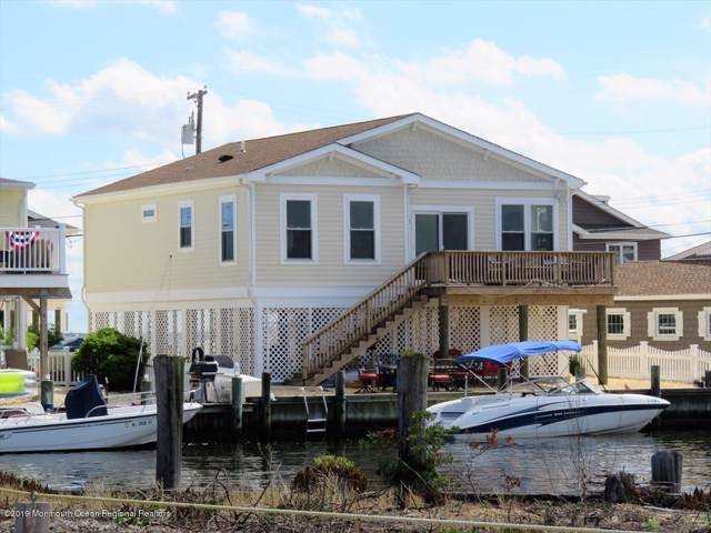 306 W Bayview Drive, Lavallette, NJ 08735 (MLS #21943303) :: The MEEHAN Group of RE/MAX New Beginnings Realty