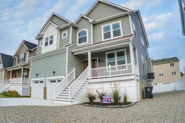 29 Longman Street, Toms River, NJ 08753 (MLS #21943594) :: The MEEHAN Group of RE/MAX New Beginnings Realty