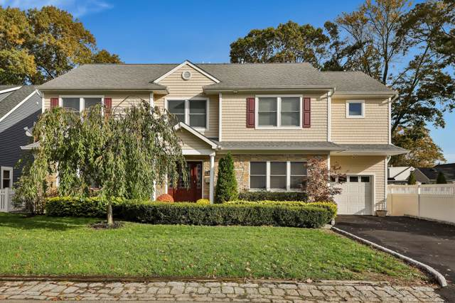 305 Barbara Drive, Point Pleasant, NJ 08742 (MLS #21943741) :: The MEEHAN Group of RE/MAX New Beginnings Realty