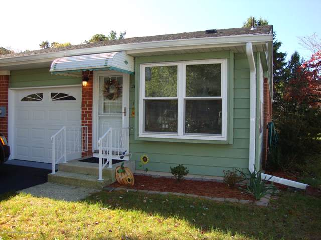 20 B Homestead Drive, Whiting, NJ 08759 (MLS #21944160) :: The MEEHAN Group of RE/MAX New Beginnings Realty